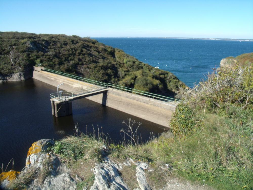 intervention sur barrage Port Melin Groix