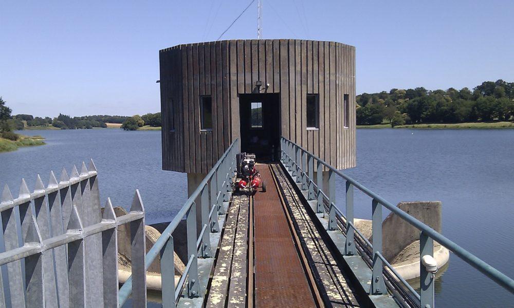 accès pour inspection subaquatique