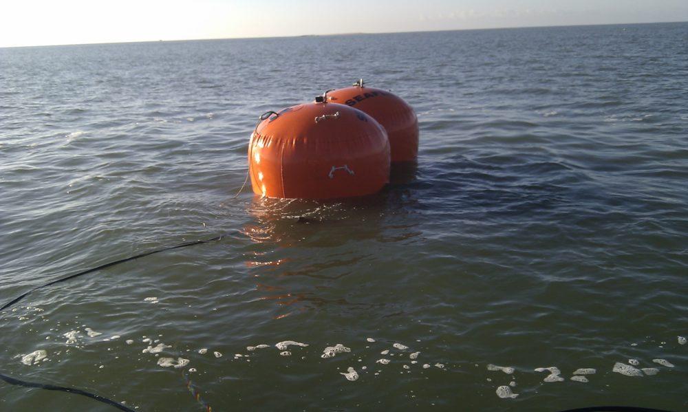 Pose de conduite immergée